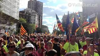 Minut de silenci al tram de l'Alt Camp en record de les víctimes dels atemptats