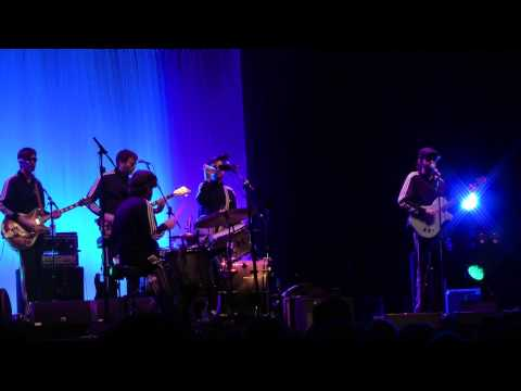 EELS-Fresh Feeling (Live At The Brighton Dome 25/03/2013)