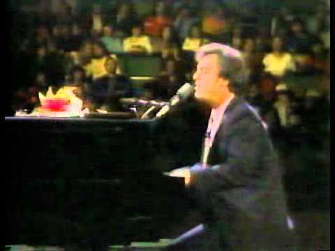 Billy Joel Live From Long Island 1982 The Stranger 5