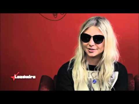 Taylor Momsen talks