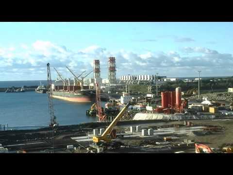Port Est Réunion,Constructions et Agrandissement.