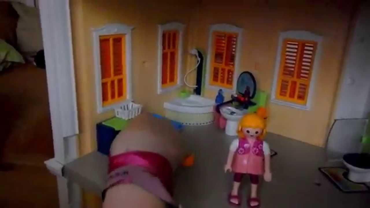 5j hriges m dchen erkl rt ihr playmobil haus youtube for Playmobil haus schlafzimmer