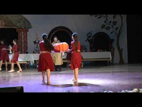 AGBU-AYA ARINE - THE GOLDEN GRAMOPHONE- ARMENIAN FIESTA- HOY NAZAN (Հոյ Նազան)