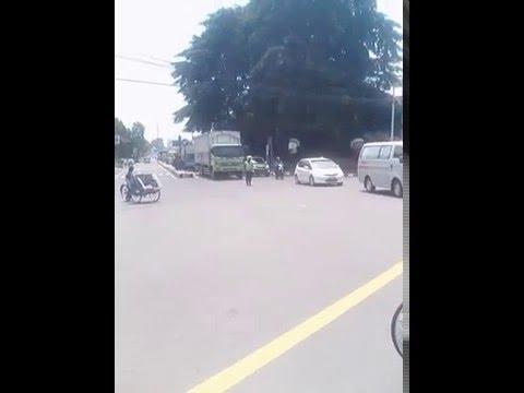 Polisi Kawal Ambulance / Mobil Jenazah