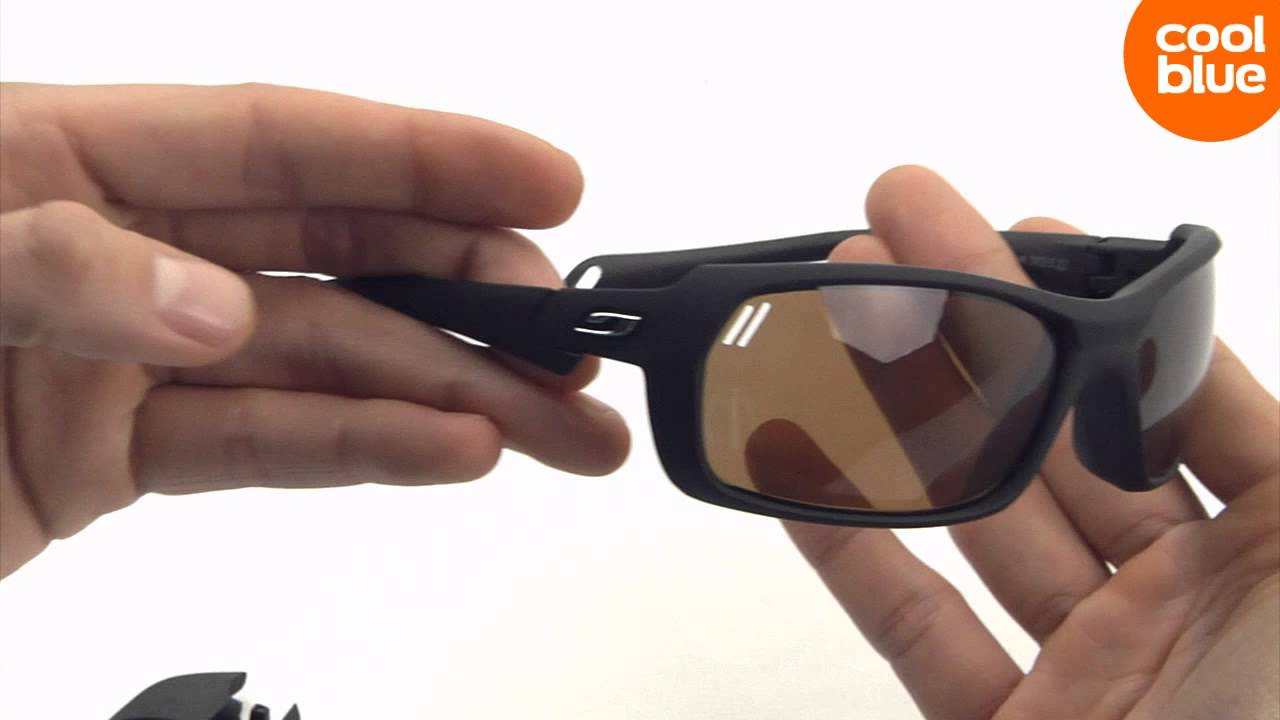 b103dcdfc3 Julbo Bivouak Mat Black Black Cameleon mini-videoreview en unboxing ...