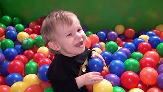 Indoor Playground Family Fun for Kids | Ball pit fun slides | Play Area | Zjeżdżalnie dla dzieci .