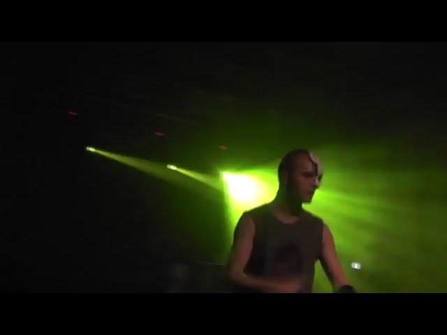 2̵n̵d̵ ̵f̷a̶c̴e̷ - WEAPON live @ Mannheim