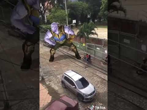 Thanos Bailando Rosalia Con Altura