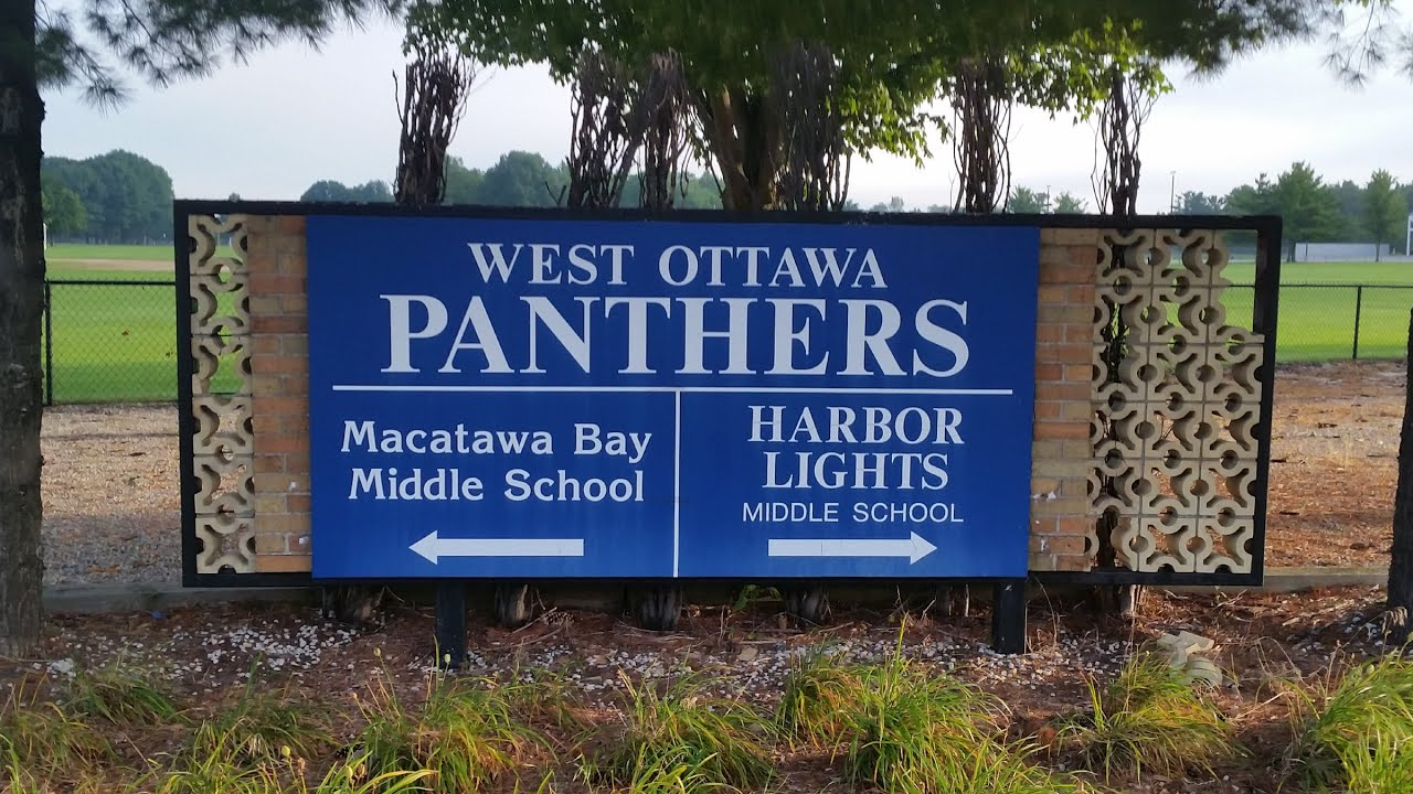 Harbor Lights Middle School