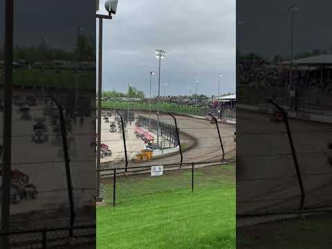 Sprint car hot laps at Eldora Speedway May 10 2019