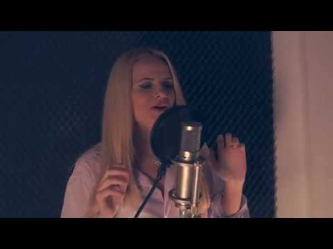 Laura Stoica - Nici o stea ( Cover The Humans )