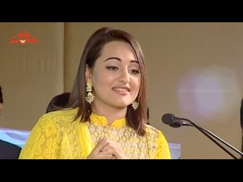 Sonakshi Sinha Speech - Lingaa Audio Successmeet - Rajinikanth