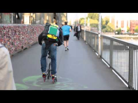 Aeyo Hybrid Skate Scooter Offers A Unique Way To Travel (video)