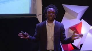 Give back | Ousman Umar | TEDxHochschuleLuzern