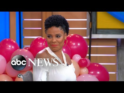 Sanaa Lathan and the hosts face off in an acronym contest!
