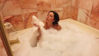 SUPER HOT BUBBLE BATH!