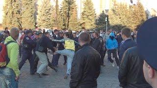 Харьков Драка Ультрас и Антимайдана! Kharkiv Fighting Ultras and Antimaydana