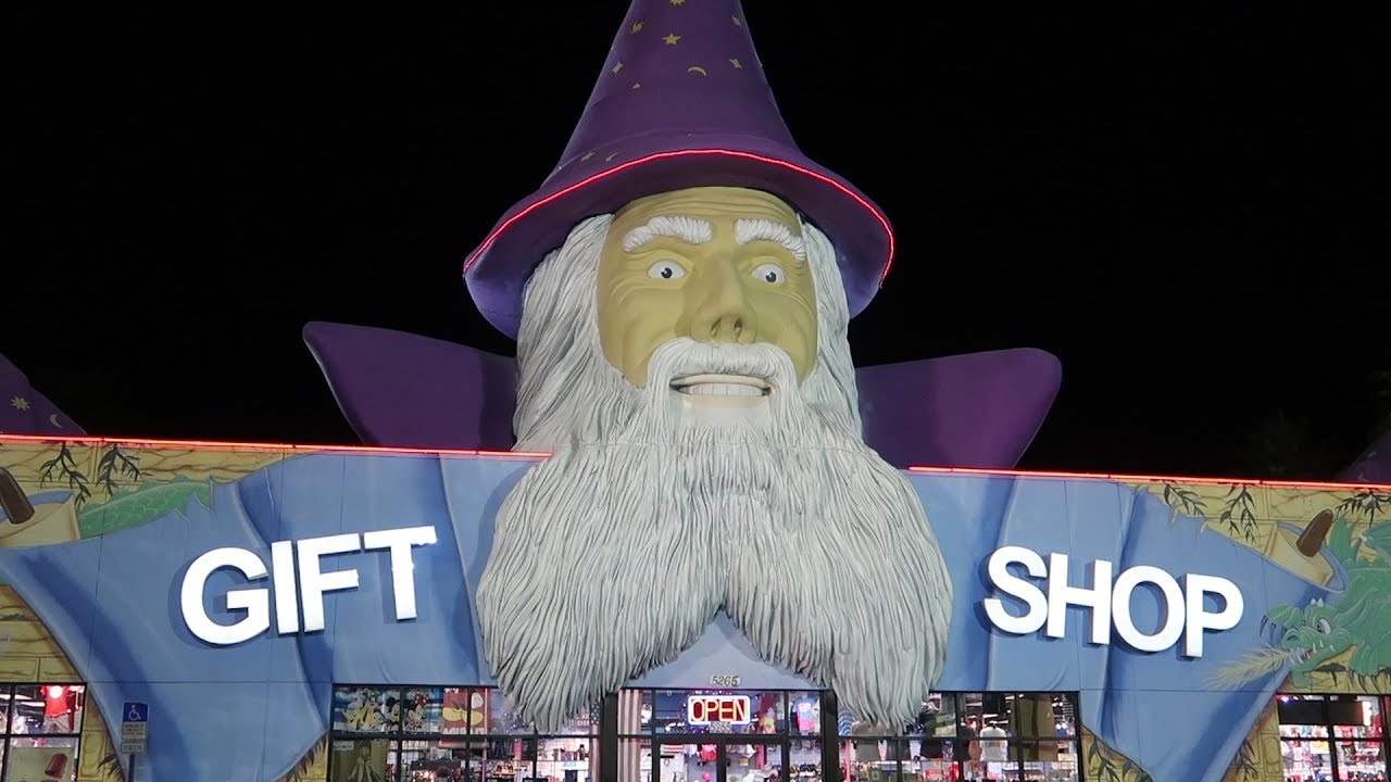 weird-florida-gift-shop-tour-strange-souvenirs-shirts-cheap-gifts