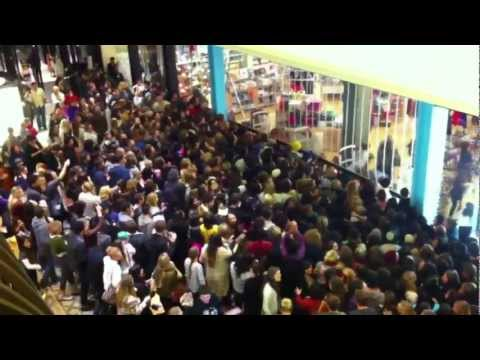 Happy Holidays for Overstressed Shoppers
