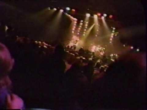 Armored Saint - Chemical Euphoria (Live On Headbangers Ball)