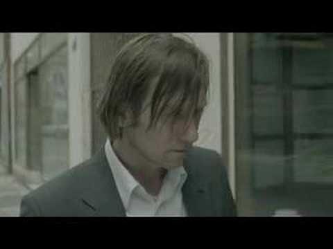 Hornbach - Das verfolgende Badezimmer - Werbung - YouTube