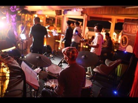 "Bali Bossa Band ""AMAZONAS"" at Double Six Rooftop Bali"