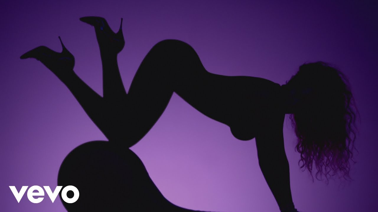 Anaconda Movie Hot Scene top 10 most provocative music videos of all time - popdust