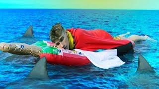 JOB MOET 24 UUR OP DE OCEAAN WONEN!