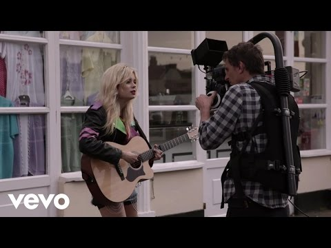 Nina Nesbitt - Way In The World (Behind The Scenes)
