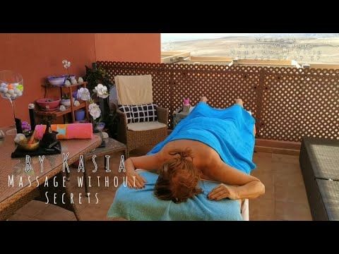 20min session of #backmassage with support of hot stone -  Massage without Secrets by Kasia
