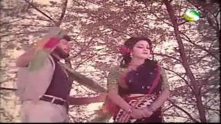 Ore Gumrah Mukher Meye - Mala Moti - Bangla Old Film Song
