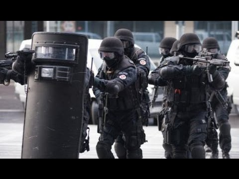 Aflevering 1: Onder de Radar Arrestatie Team/DSI