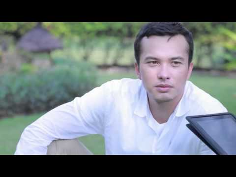 Nicholas Saputra - Cosmopolitan Indonesia