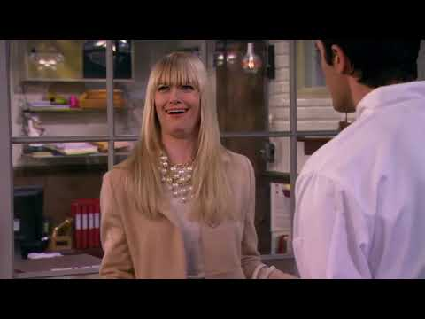 2 Broke Girls – And The French Kiss Clip7
