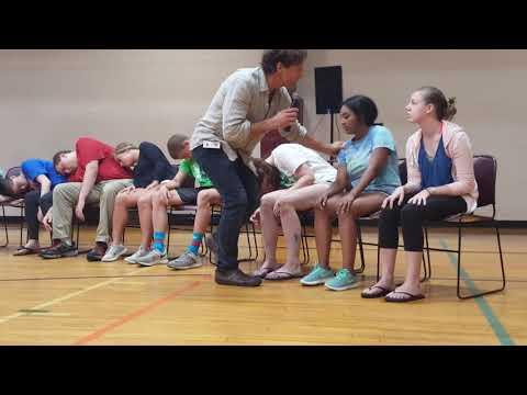 WHAT HAPPENS WHEN YOU MIX A HYPNOTIST AND HIGH SCHOOL GRADS?!?! - Pt 1