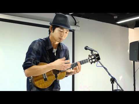 Jake Shimabukuro plays