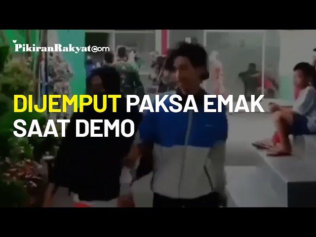 Viral Pelajar Demo di Istana Bogor Dijemput dan Kena Omel Orangtua