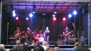 Download Doora - Musta Meri ja Mies (Popeda cover) MP3 song and Music Video