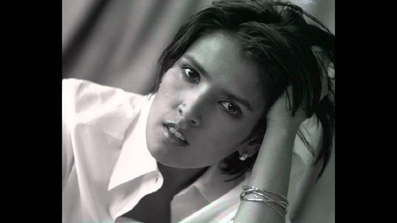 Tanita Tikaram The Best Of (1996) - YouTube