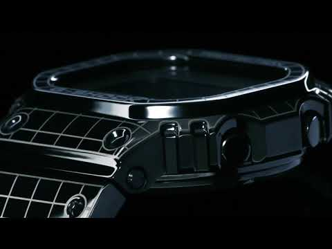 G-SHOCK GMW B5000CS, Iconic square design continues to evolve