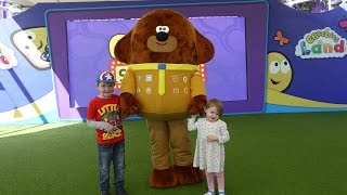 Hey Duggee Live FULL SHOW  at CBeebies Land in Alton Towers