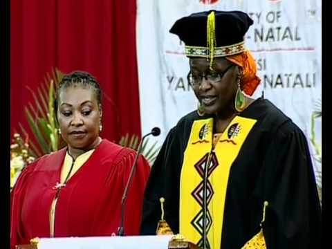 Dr Yvonne Chaka Chaka Mhinga receives an Honorary Doctorate at UKZN Grad. 2012