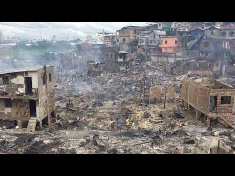 afpes: Incendio devora barrio pobre de Manaos, Brasil