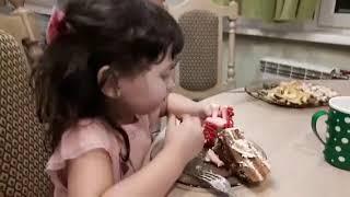 День Рождения Элины часть 2.Развлечения на детской площадке, задувание свечей,красивый торт