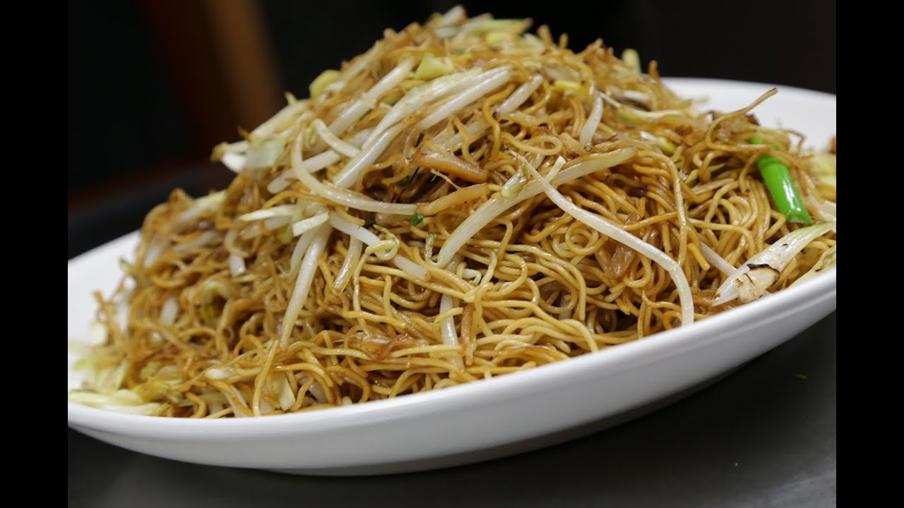 Stir Fried Egg Noodle with Dried Scallops 醬油黄炒麵 - YouTube