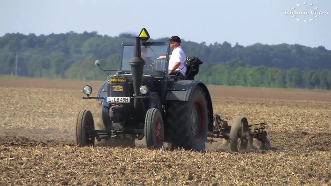 Oldtimer-Traktoren: Vom Kirovets K700A bis zum Lanz-Bulldog