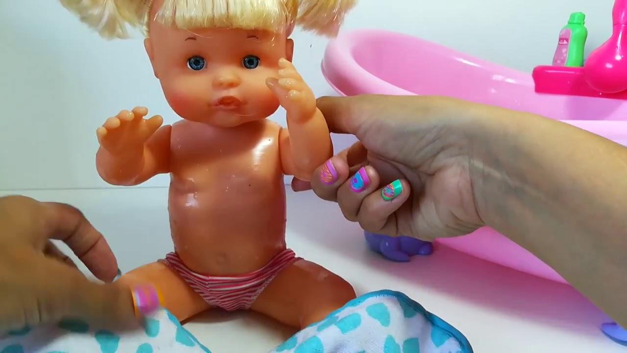 Ba o beb nenuco con burbujas de colores youtube - Nenuco bano de burbujas ...
