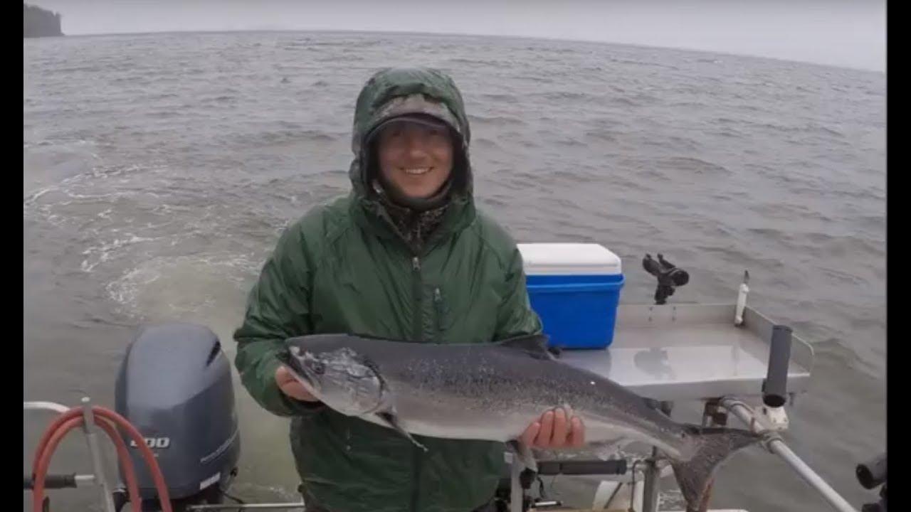 Последний день на реке и океанская рыбалка. Отличное настроение не смотря на дождь.