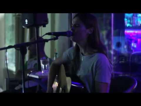 Galija - Zonina Pesma (Jovana Milanov live at Caffe Barezi, Kovin)