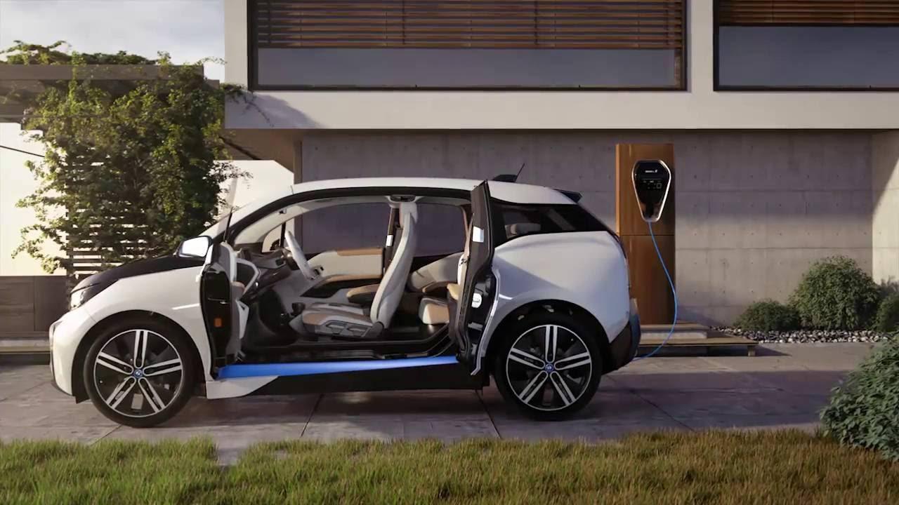 noul bmw i3 cu autonomie electrica pana la 300 km youtube. Black Bedroom Furniture Sets. Home Design Ideas